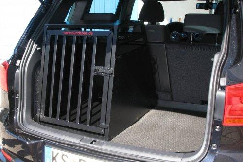 VW Tiguan Hundebox schwarz matt